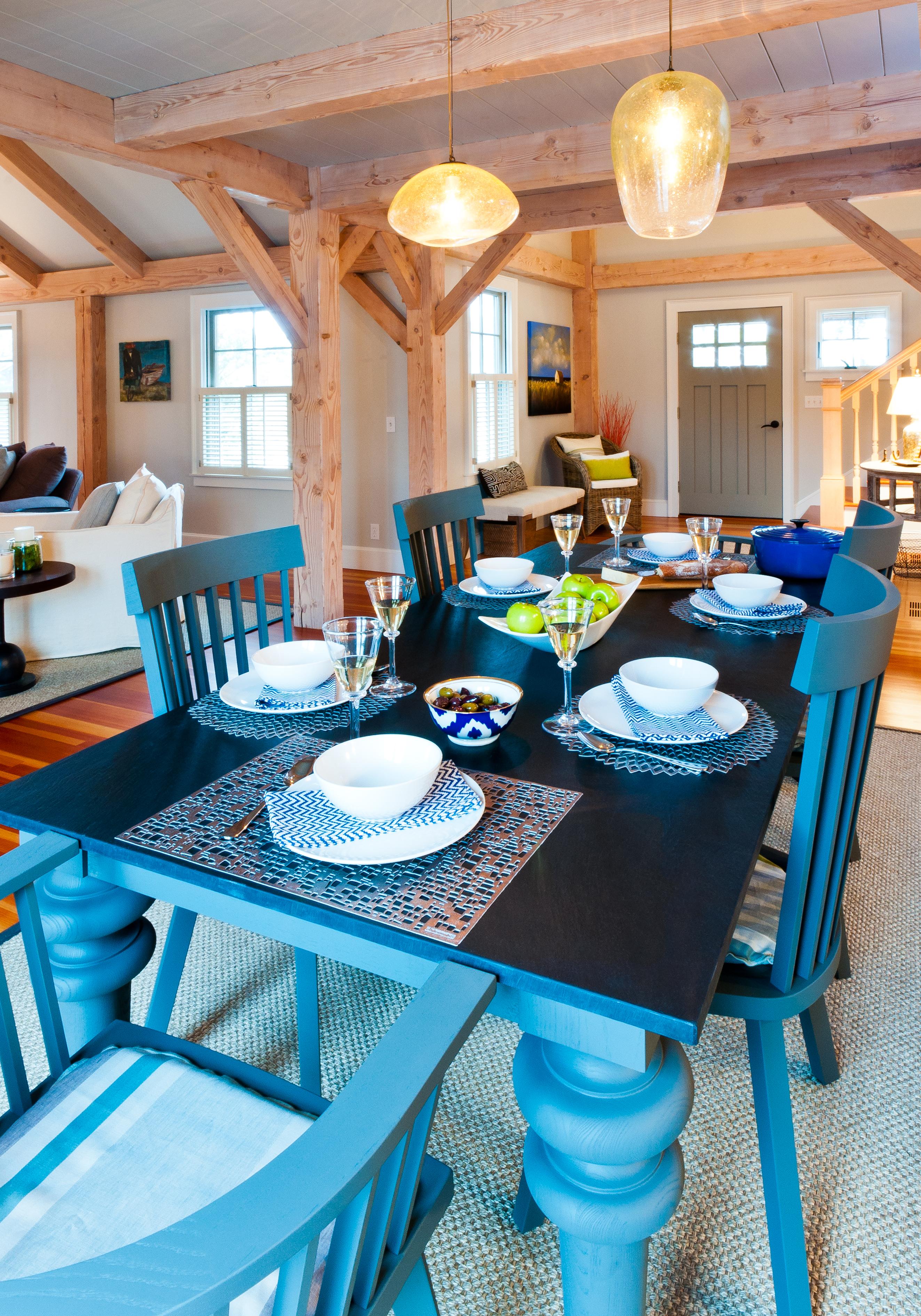 Dinin Table 013